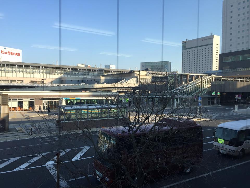 物件(中から岡山駅を)